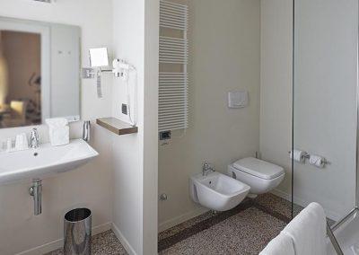 Camere Luxury Family Comunicanti - Bagno - I Portici Hotel Bologna
